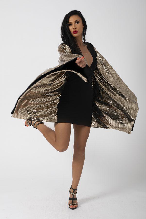 Rochie Butterfly Dress potrivita pentru a fi purtata la evenimente precum nunta, botez, zi aniversara, etc cat si la o iesire in club cu prietenii. 1