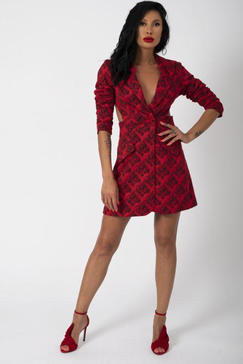 Sacou Madena Blaizar Dress potrivita pentru a fi purtata la evenimente precum nunta, botez, zi aniversara, etc cat si la o iesire in club cu prietenii.